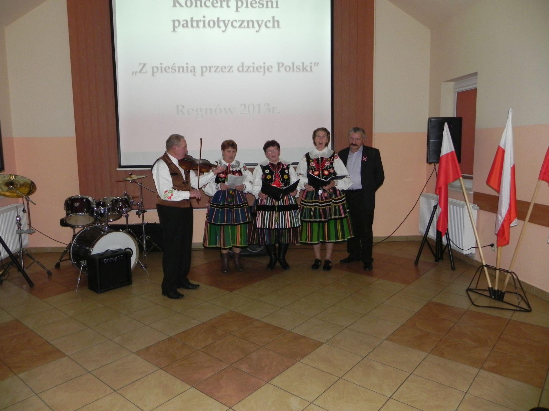 2013-11-09 11 listopada - Regnów (48)
