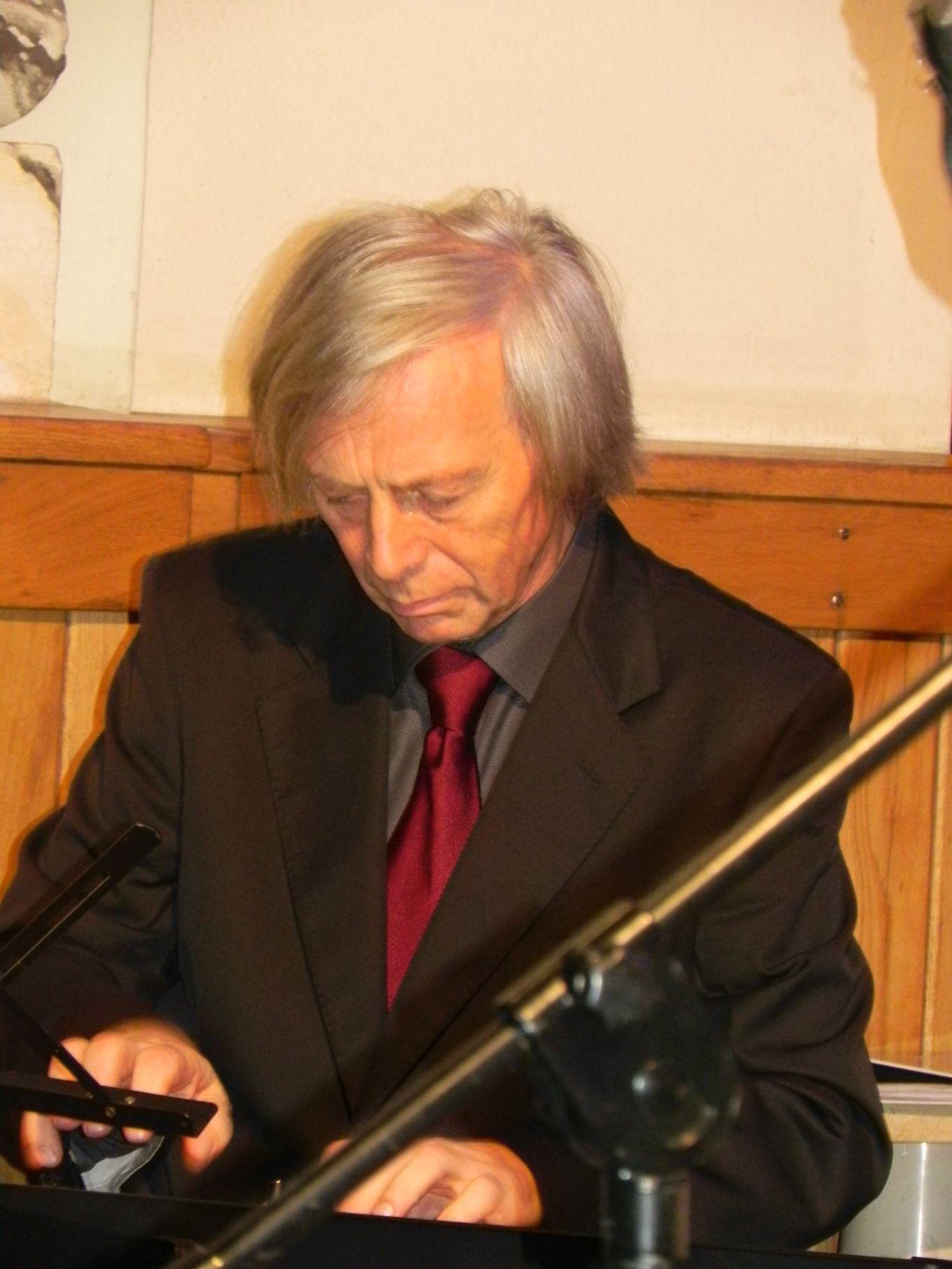 2013-11-10 Rzeczyca - koncert (44)