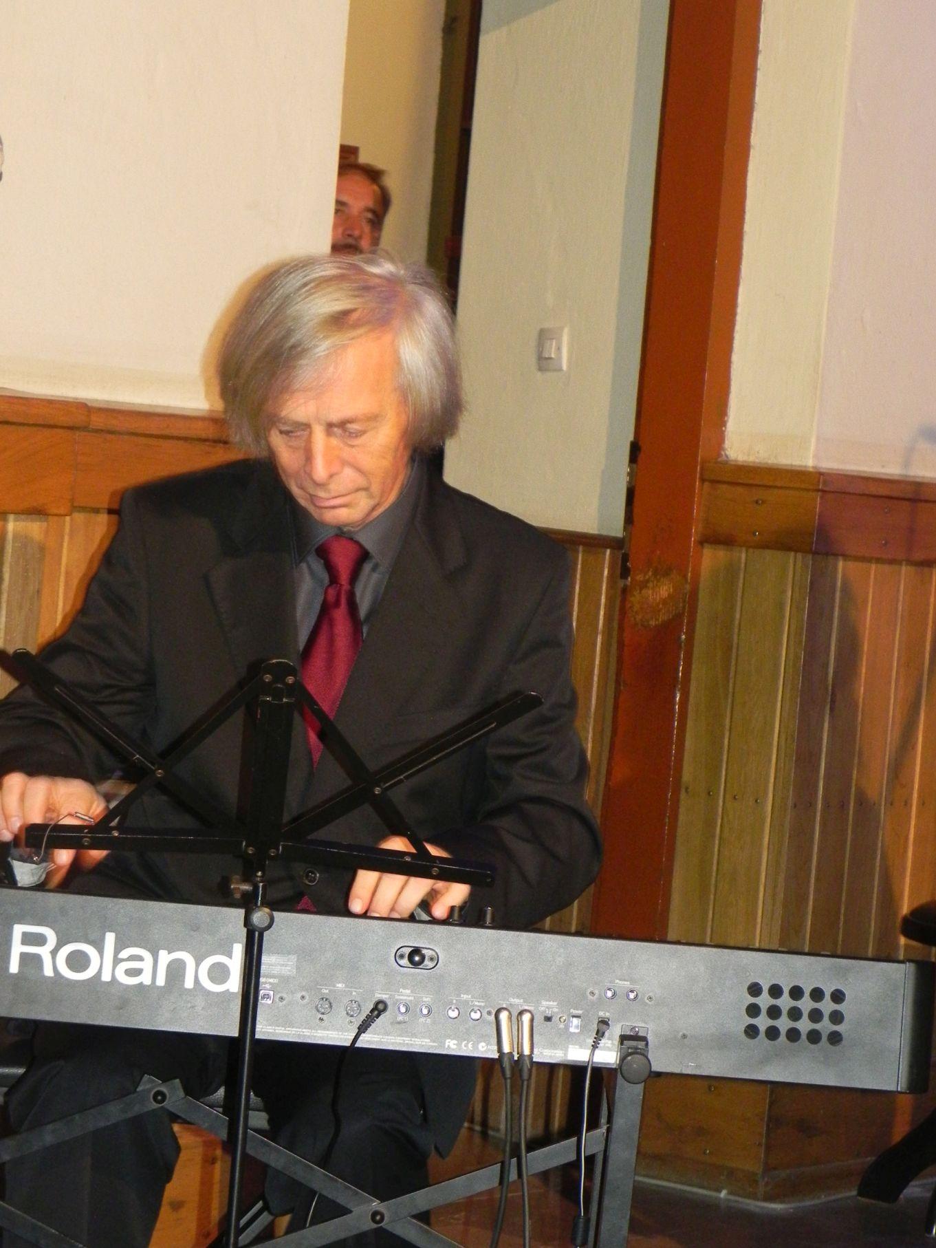 2013-11-10 Rzeczyca - koncert (88)