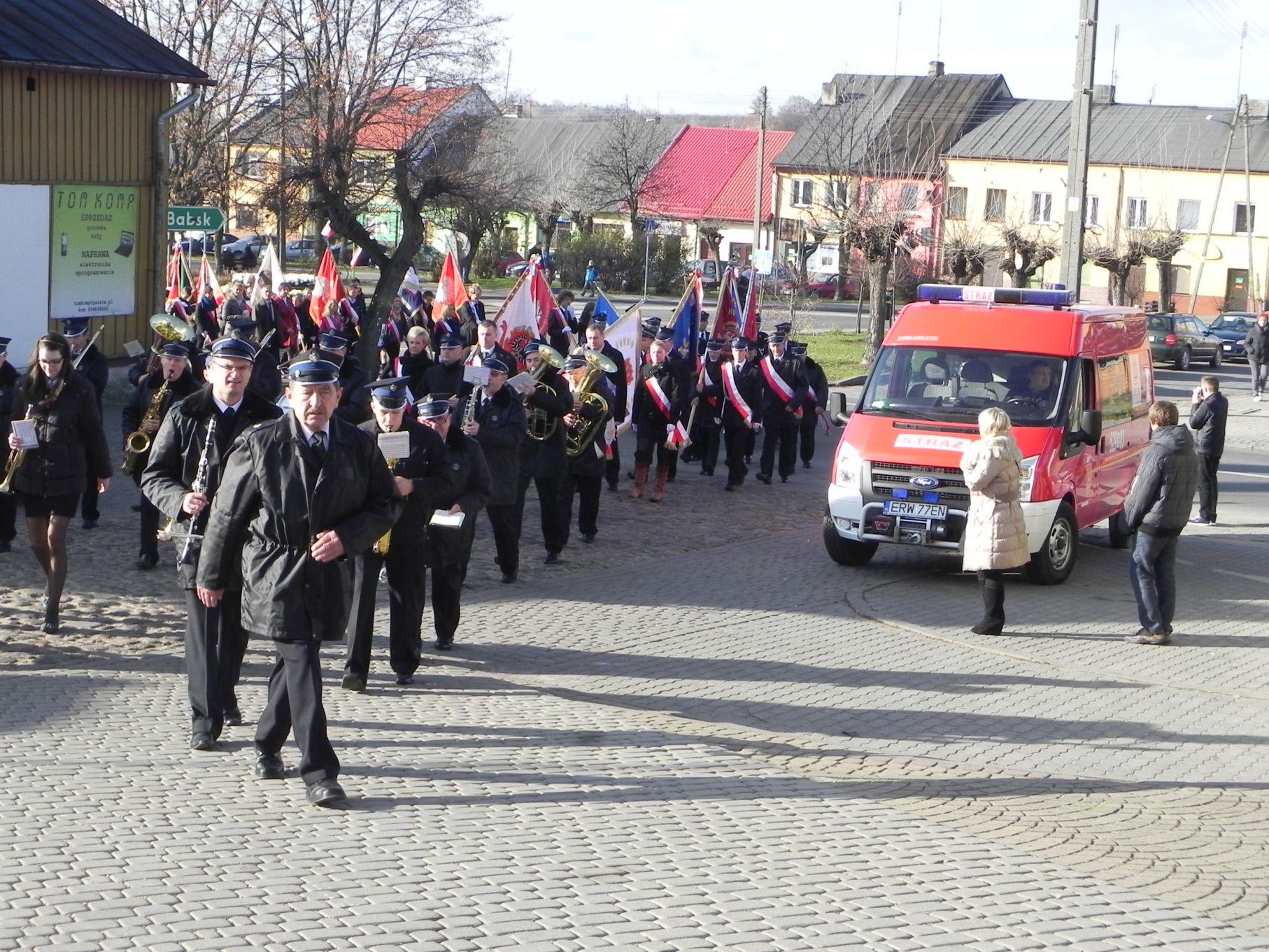 2013-11-11 Biała Rawska - 11 listopada (10)