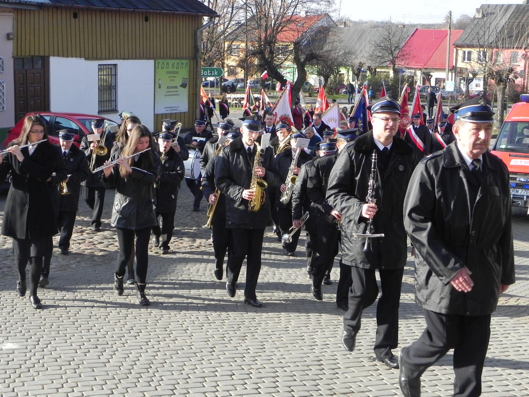 2013-11-11 Biała Rawska - 11 listopada (11)