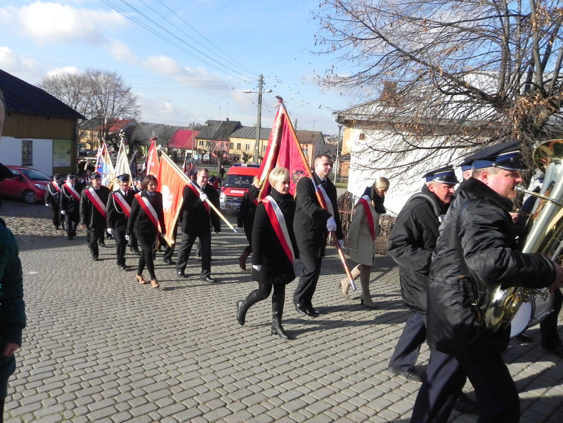 2013-11-11 Biała Rawska - 11 listopada (14)