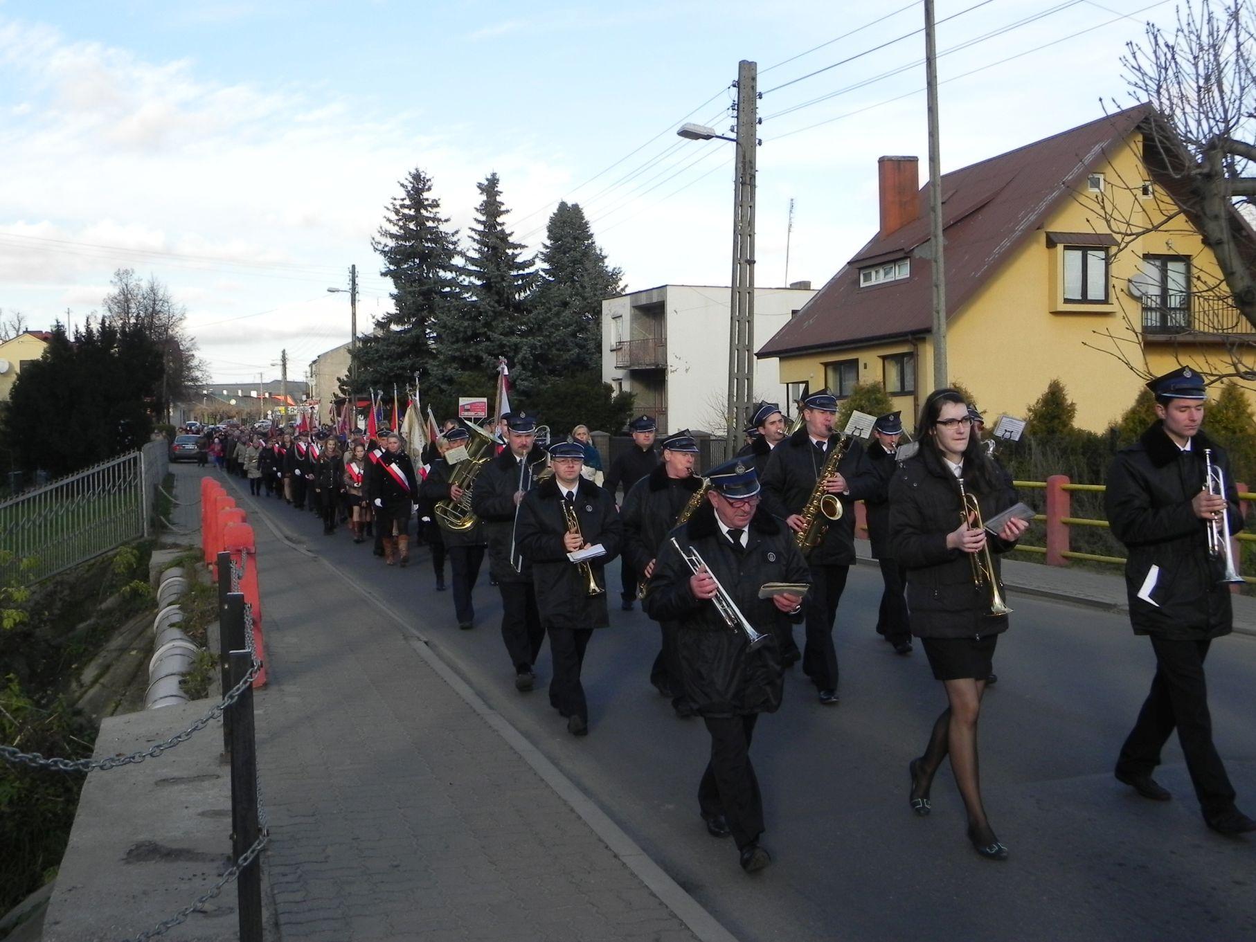 2013-11-11 Biała Rawska - 11 listopada (61)