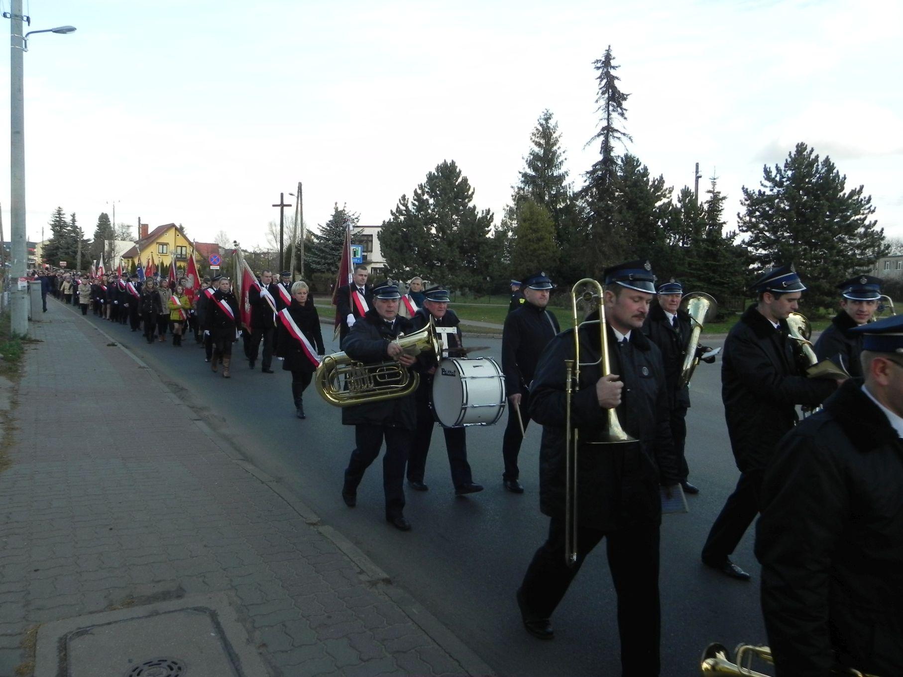 2013-11-11 Biała Rawska - 11 listopada (63)