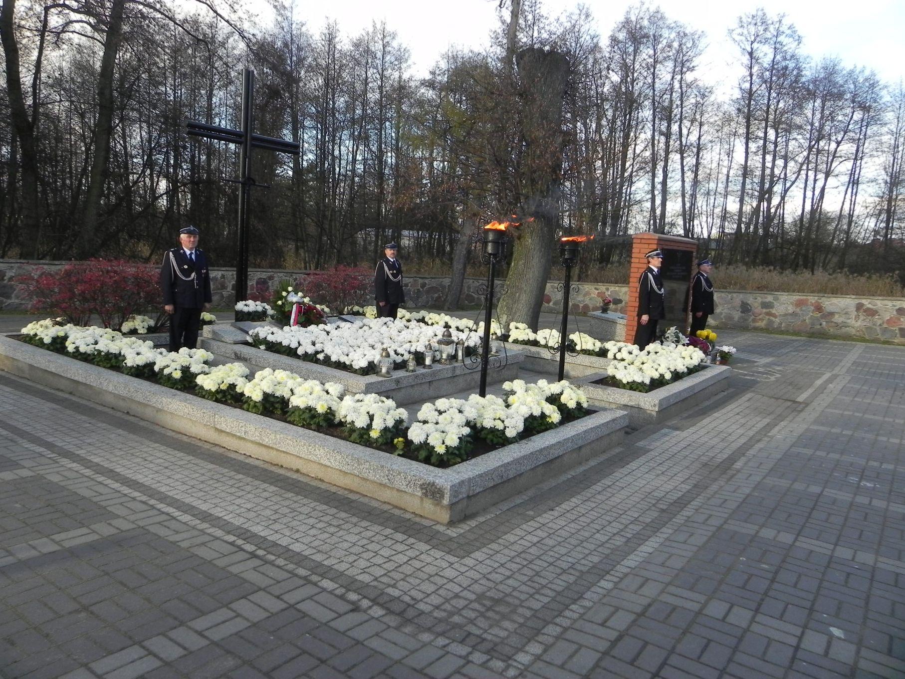 2013-11-11 Biała Rawska - 11 listopada (64)