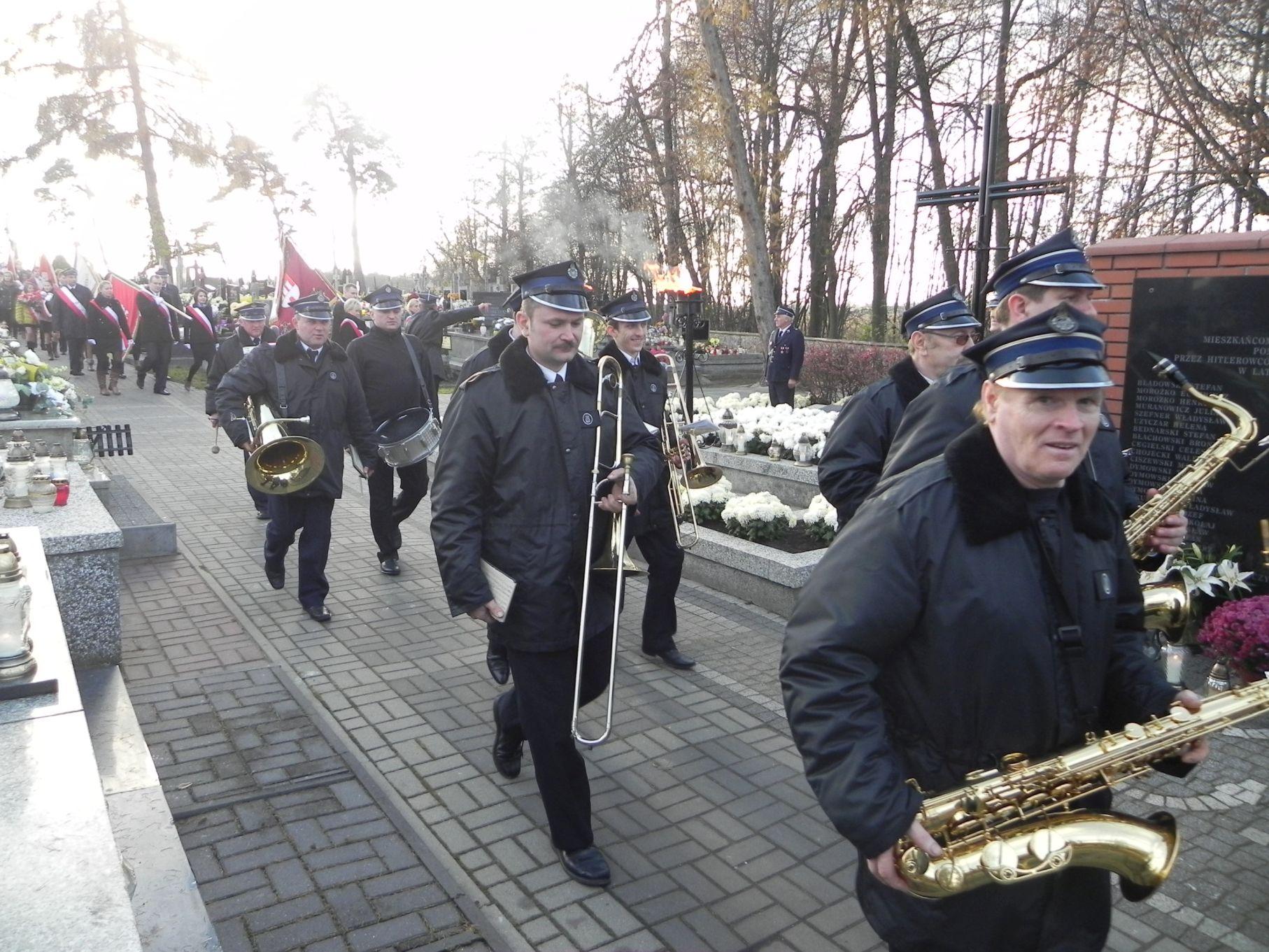2013-11-11 Biała Rawska - 11 listopada (65)