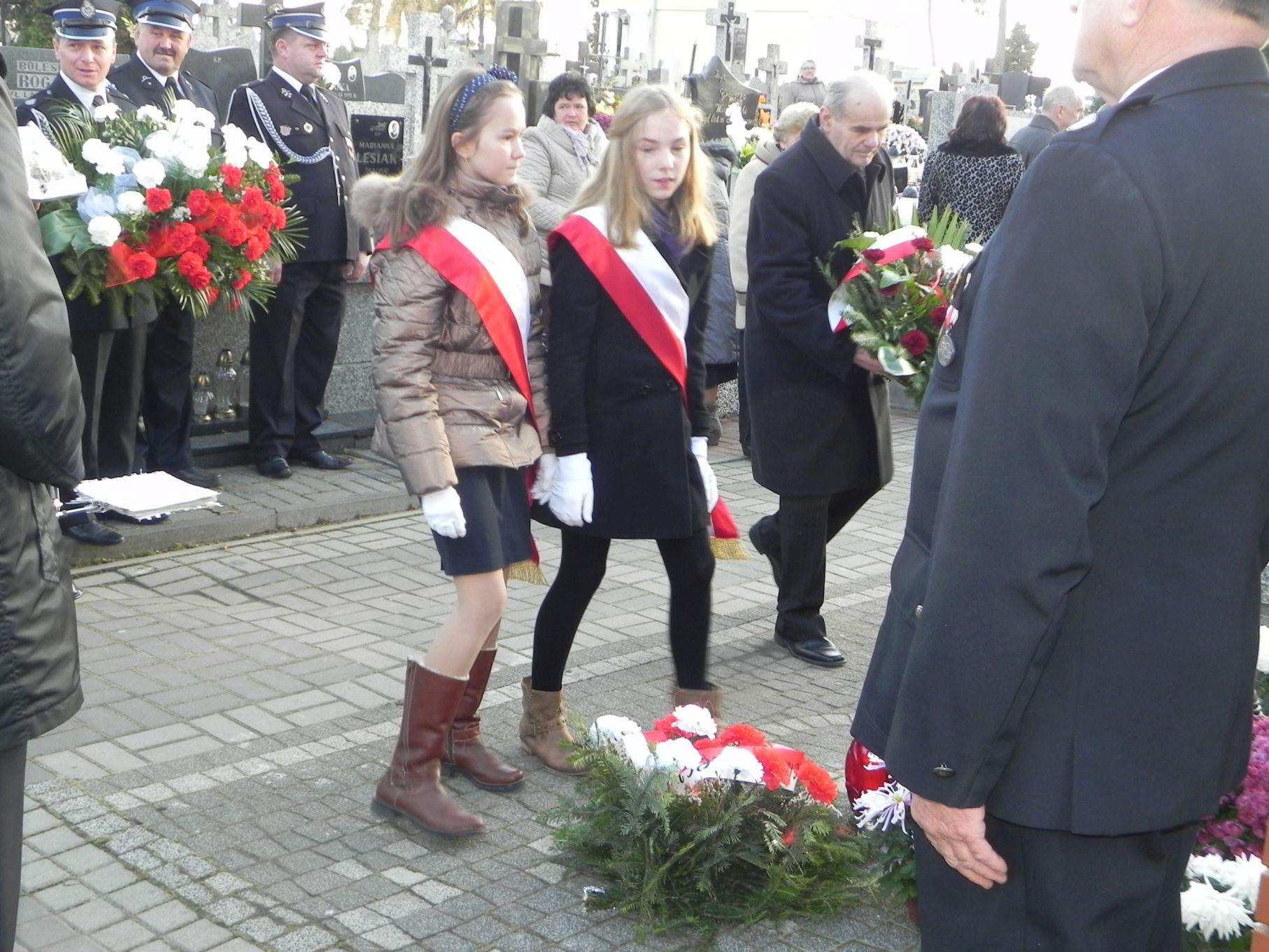 2013-11-11 Biała Rawska - 11 listopada (80)