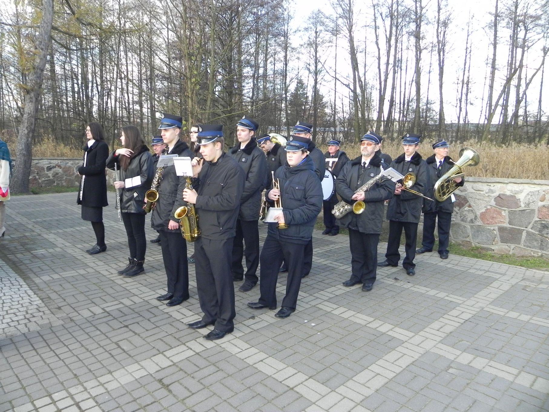 2013-11-11 Biała Rawska - 11 listopada (86)
