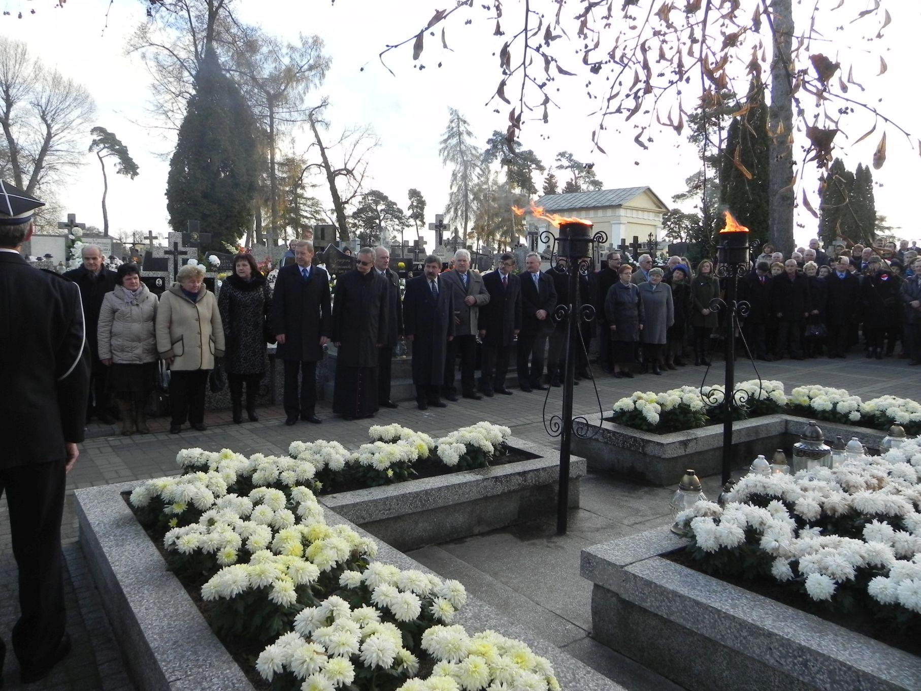 2013-11-11 Biała Rawska - 11 listopada (93)
