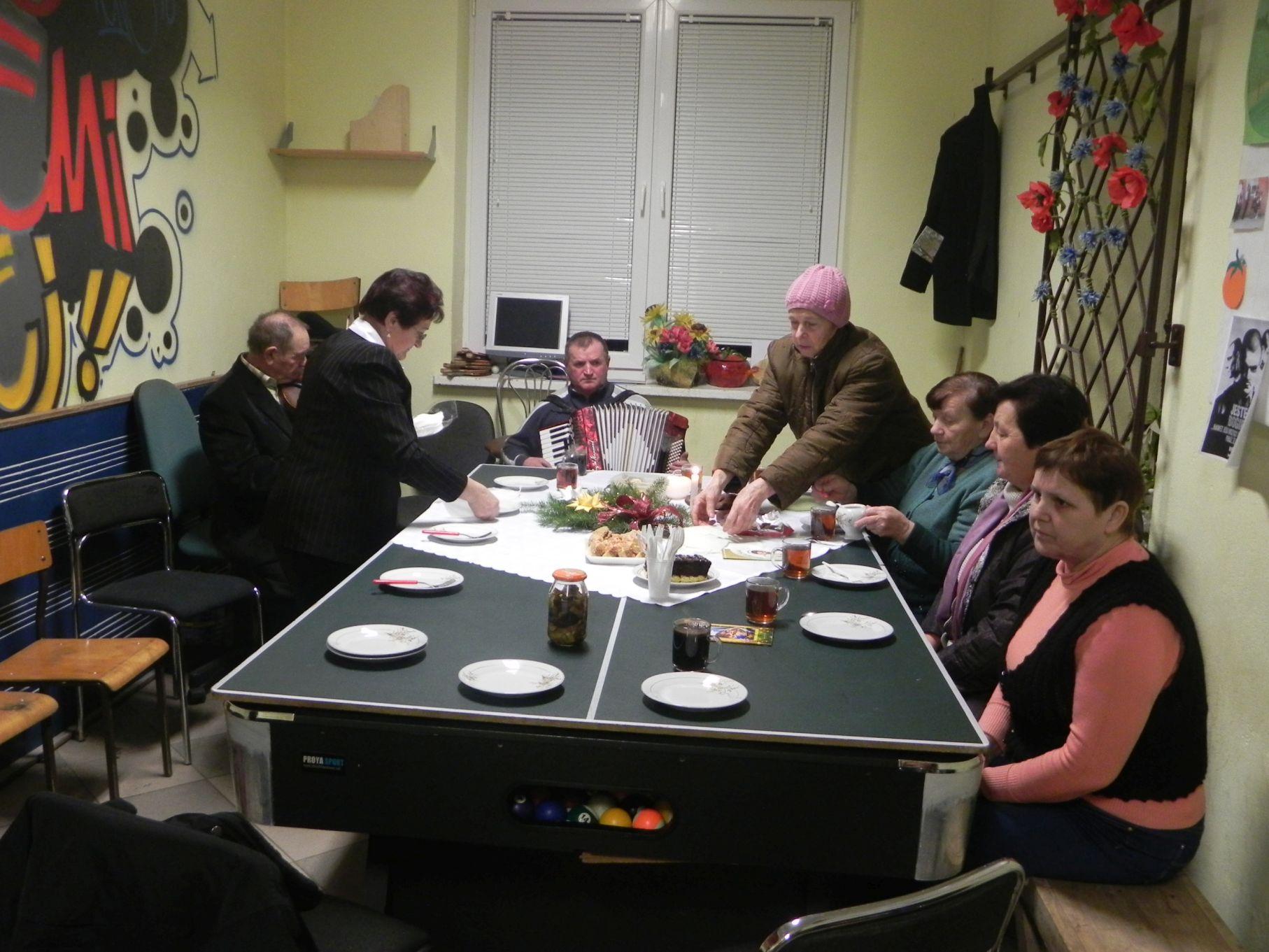 2013-12-29 Sierzchowy - klub (1)