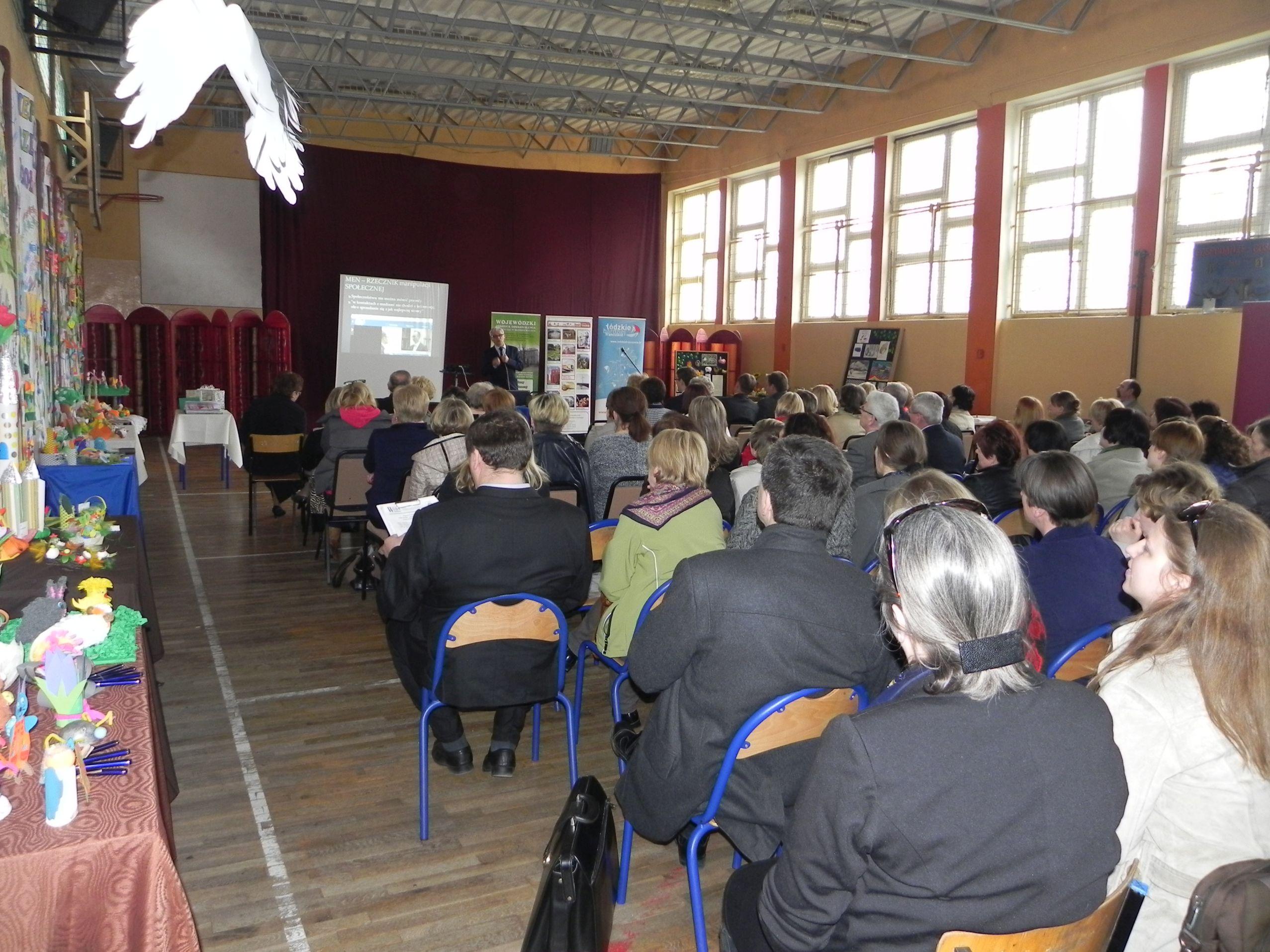 Kiermasz - szkoła (12)