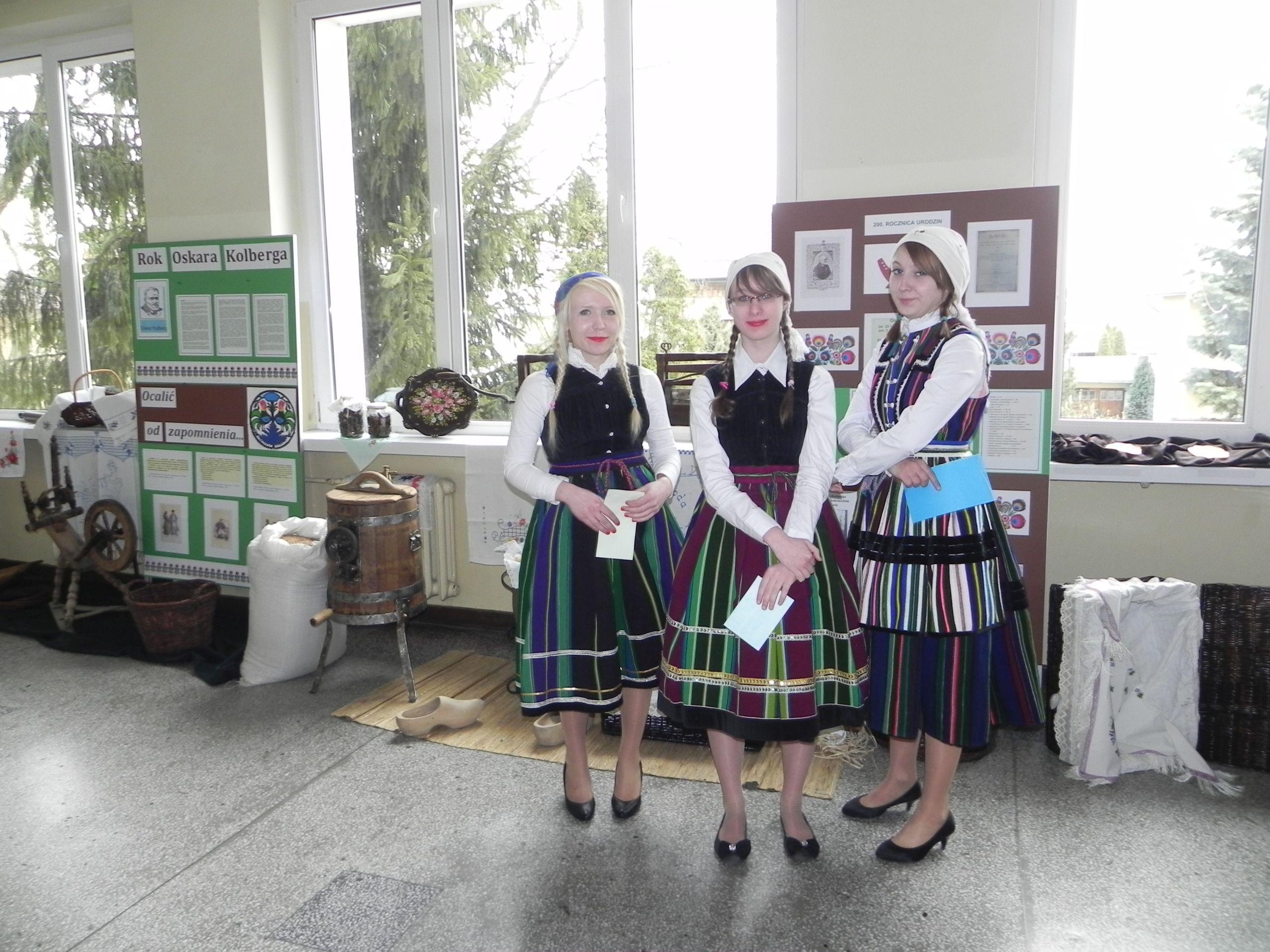 Kiermasz - szkoła (24)