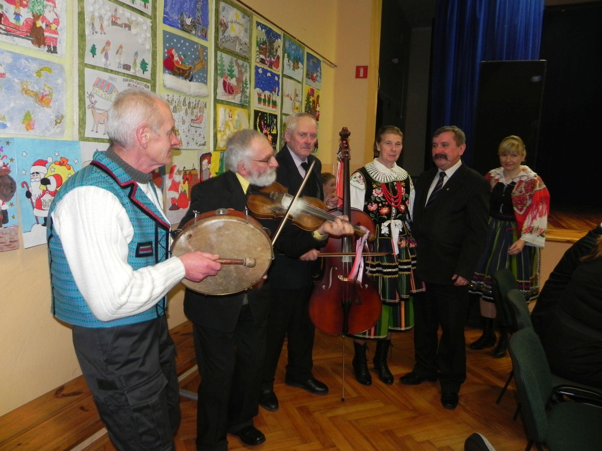2015-01-06 Biała Rawska - kolędowanie (146)