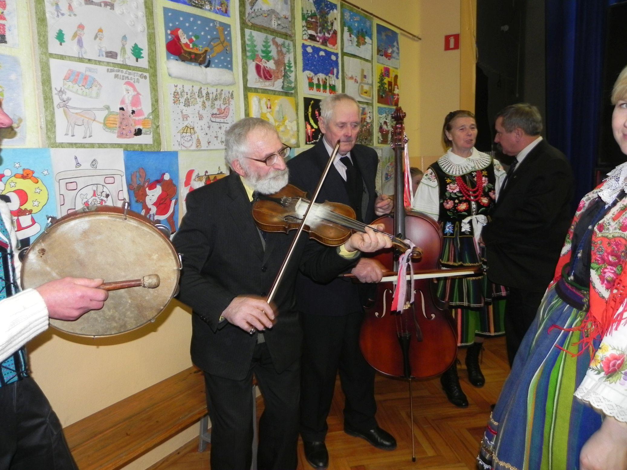 2015-01-06 Biała Rawska - kolędowanie (147)