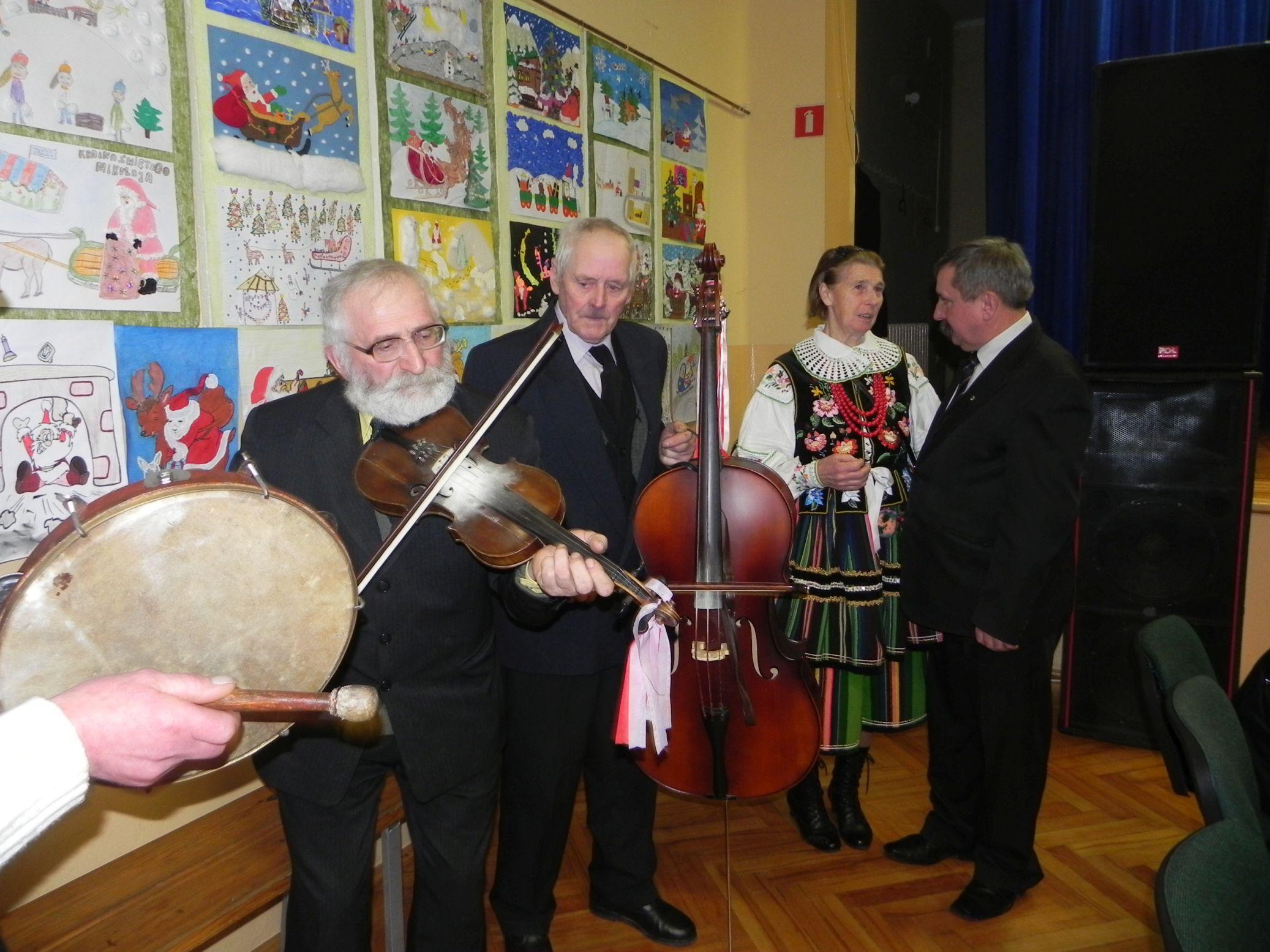 2015-01-06 Biała Rawska - kolędowanie (148)