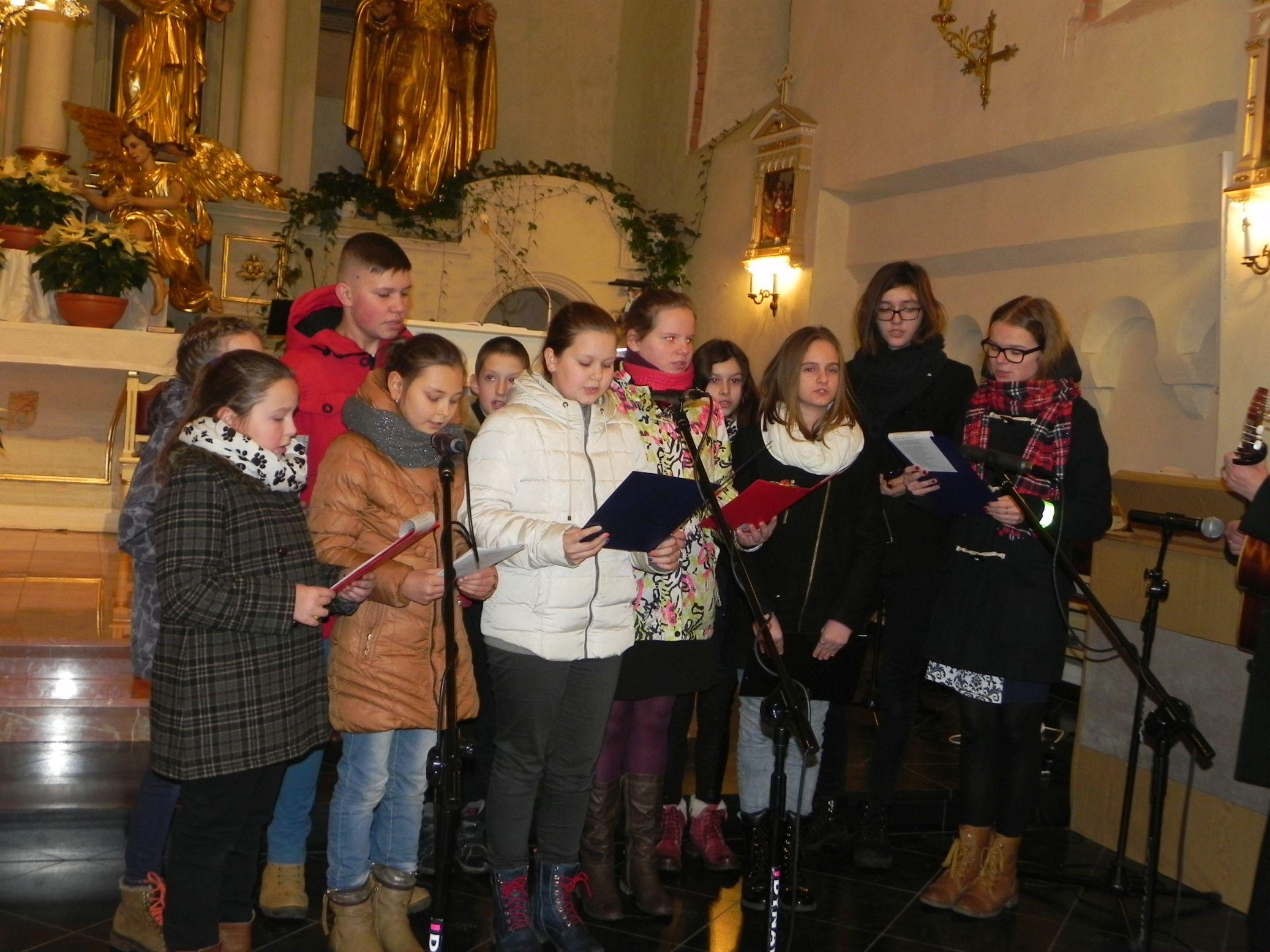 2015-01-06 Biała Rawska - kolędowanie (24)