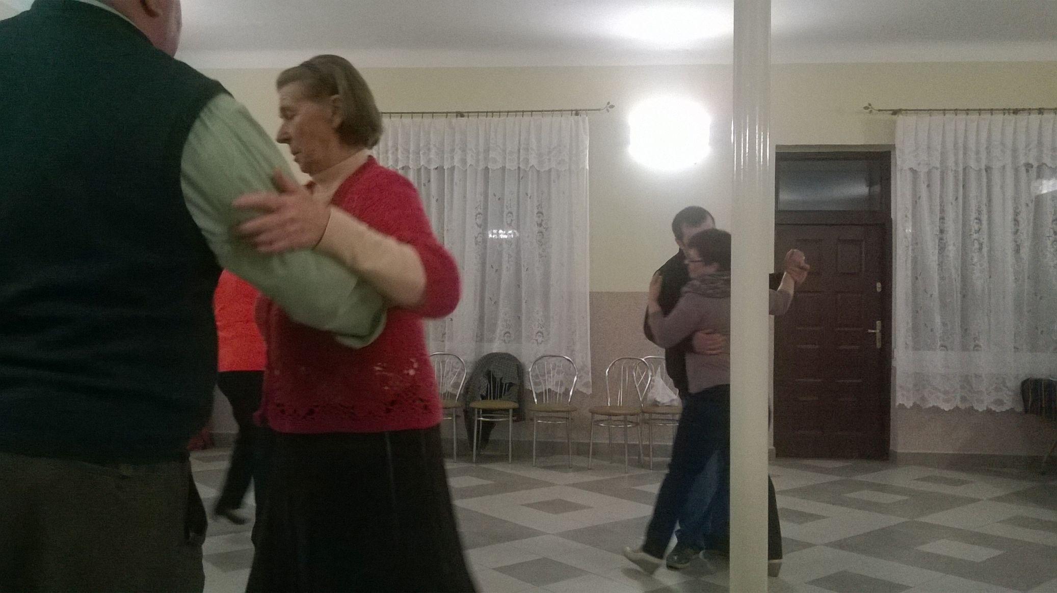2015-04-11 Potańcówka przy oberku (48)