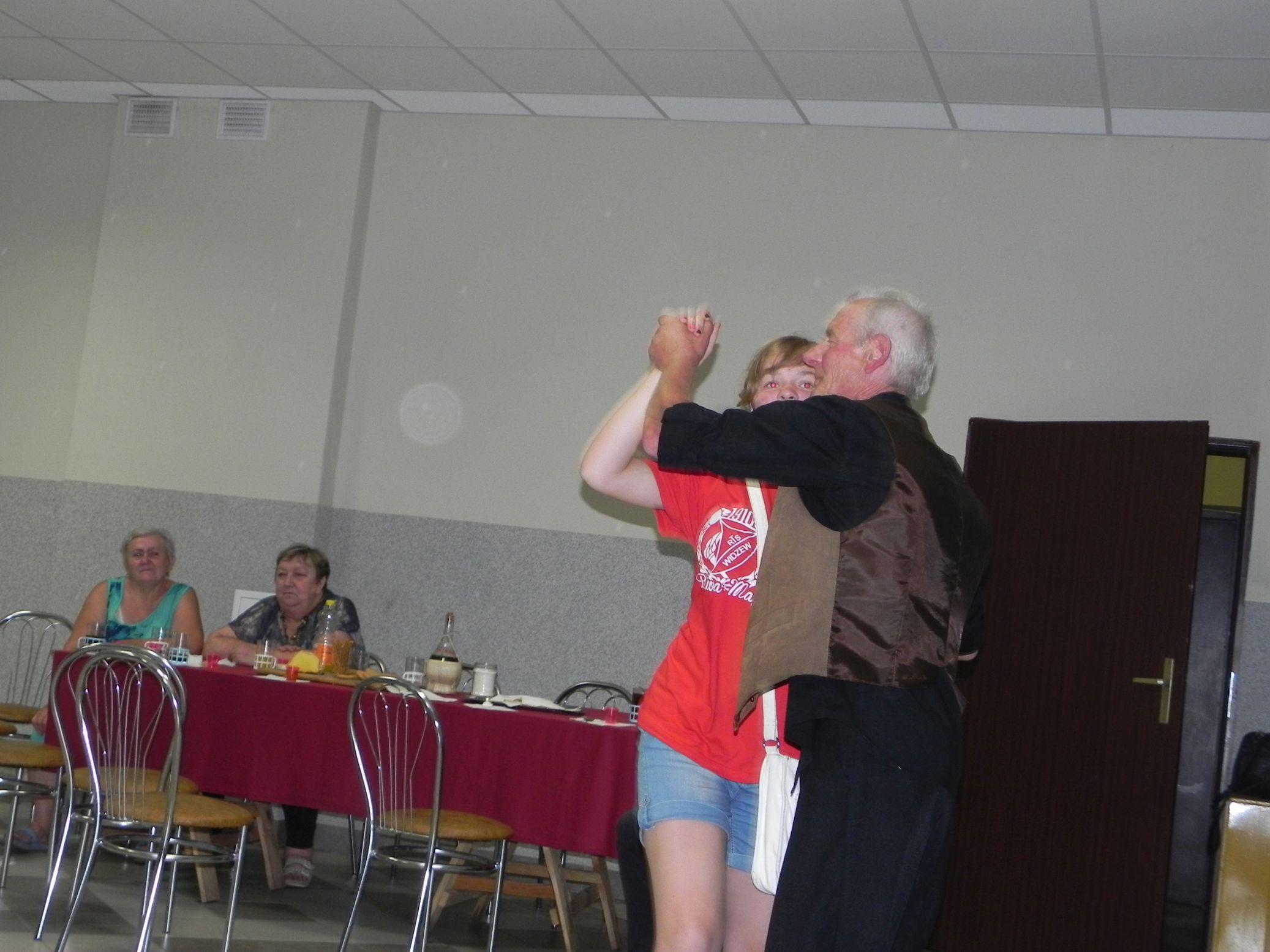 2015-07-18 Potańcówka przy oberku (11)