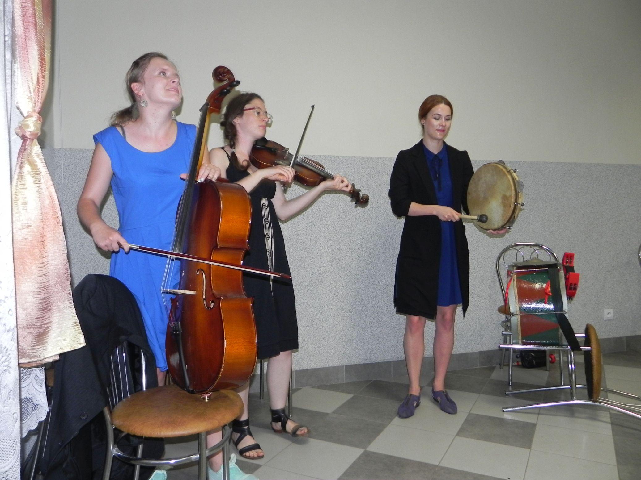 2015-07-18 Potańcówka przy oberku (16)