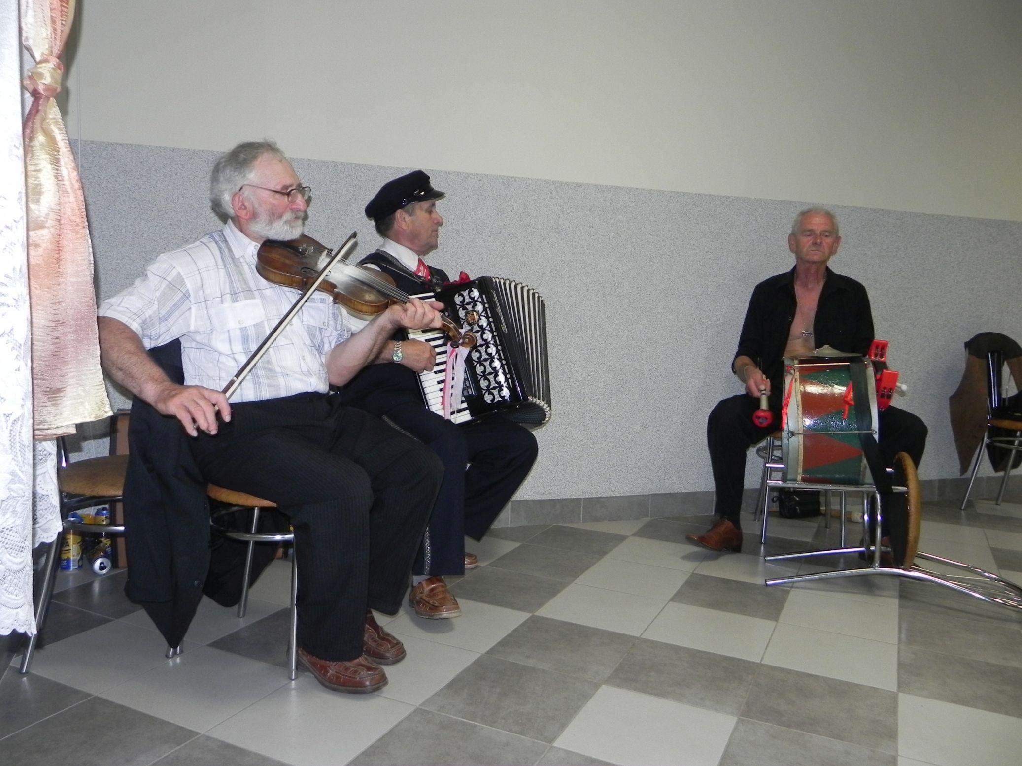 2015-07-18 Potańcówka przy oberku (19)