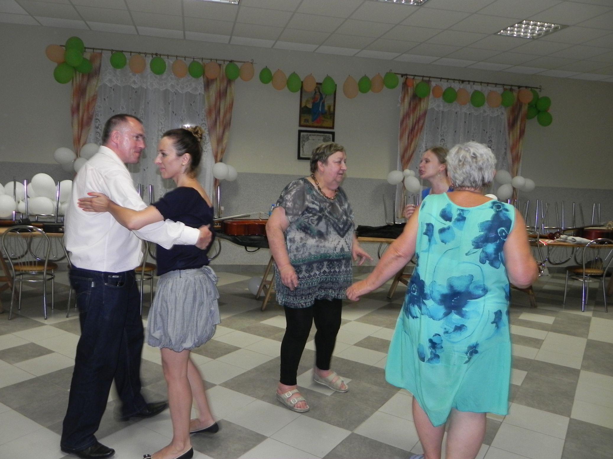 2015-07-18 Potańcówka przy oberku (24)
