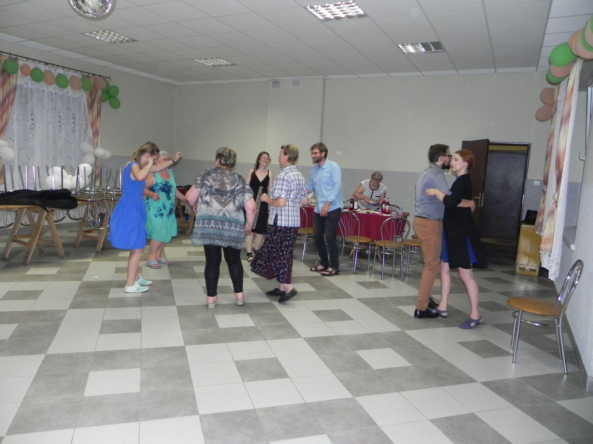 2015-07-18 Potańcówka przy oberku (36)