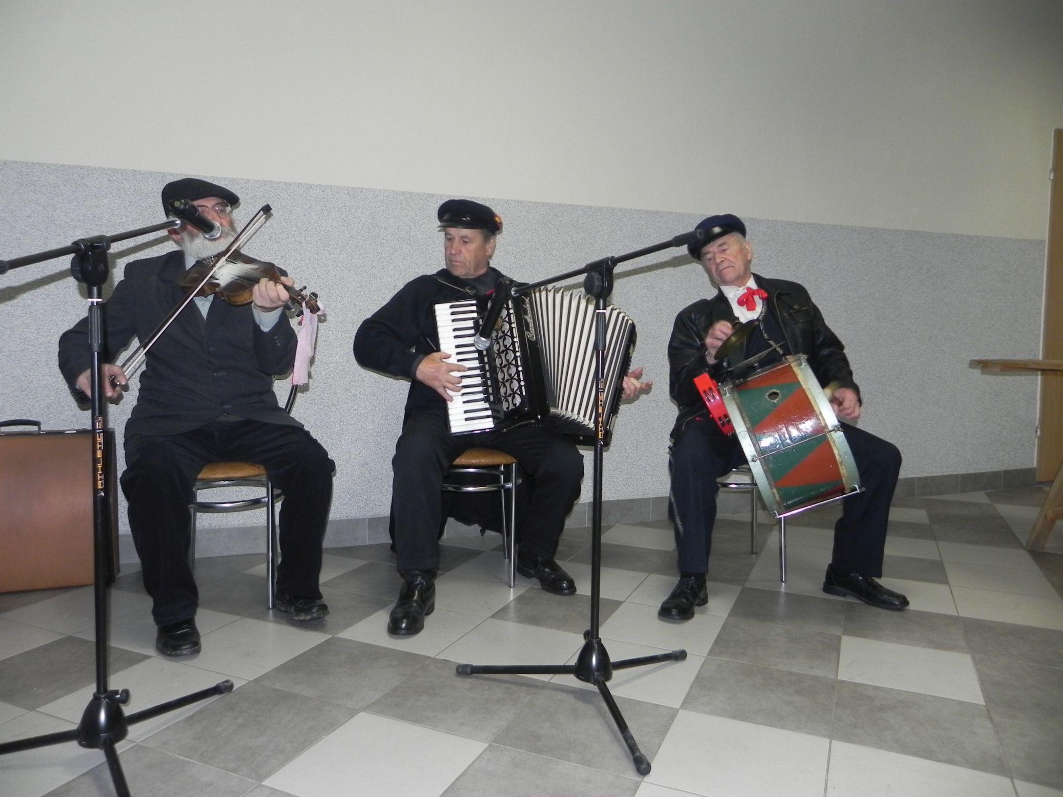 2015-10-17 Potańcówka w Sochowej (4)