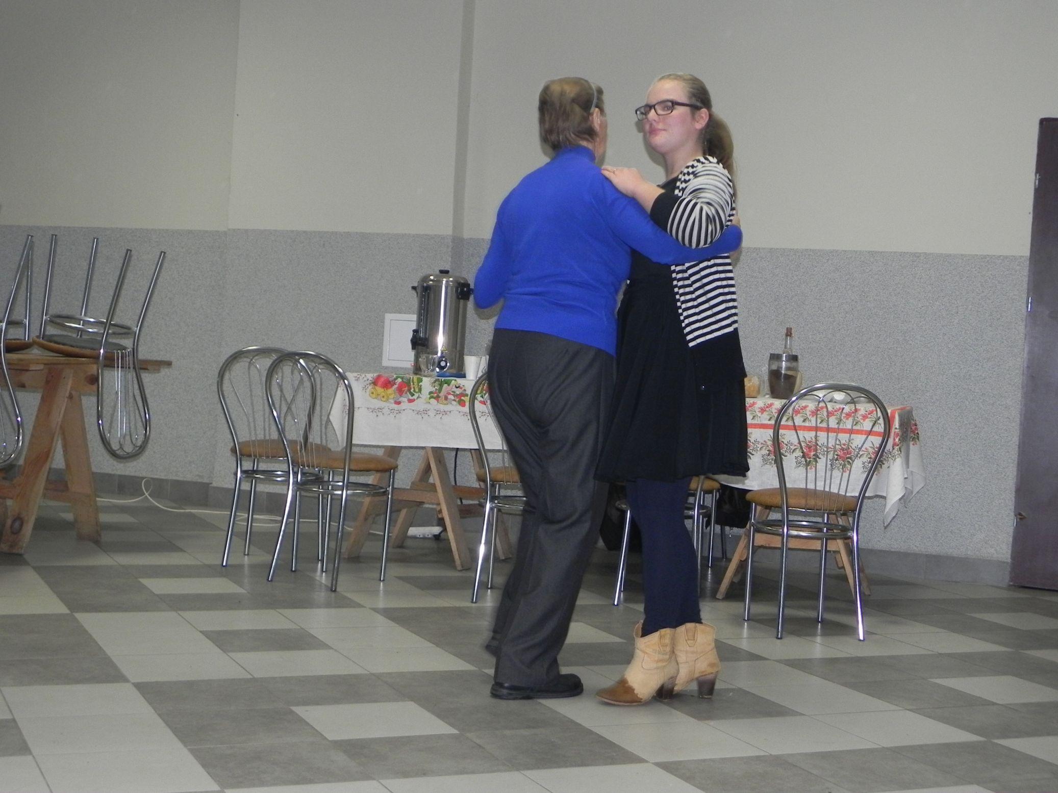 2015-10-17 Potańcówka w Sochowej (7)