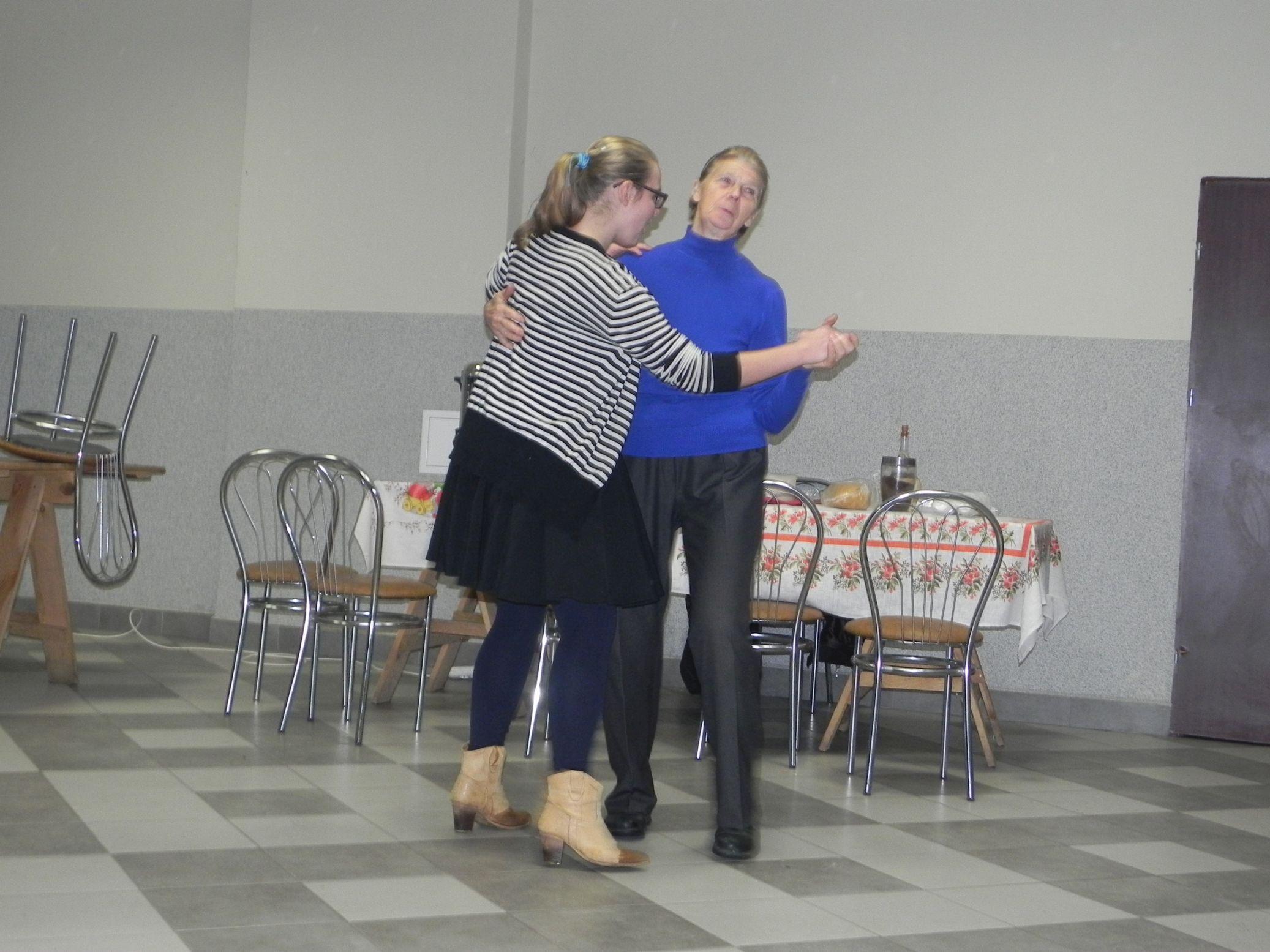 2015-10-17 Potańcówka w Sochowej (8)