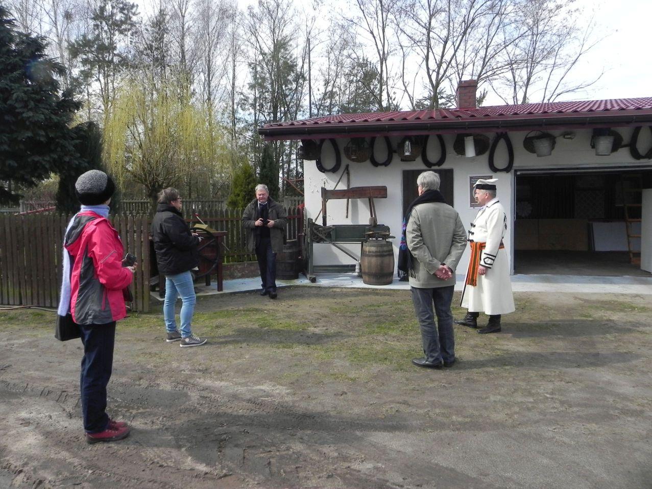 2016-03-29 Sierzchowy - wycieczka (11)