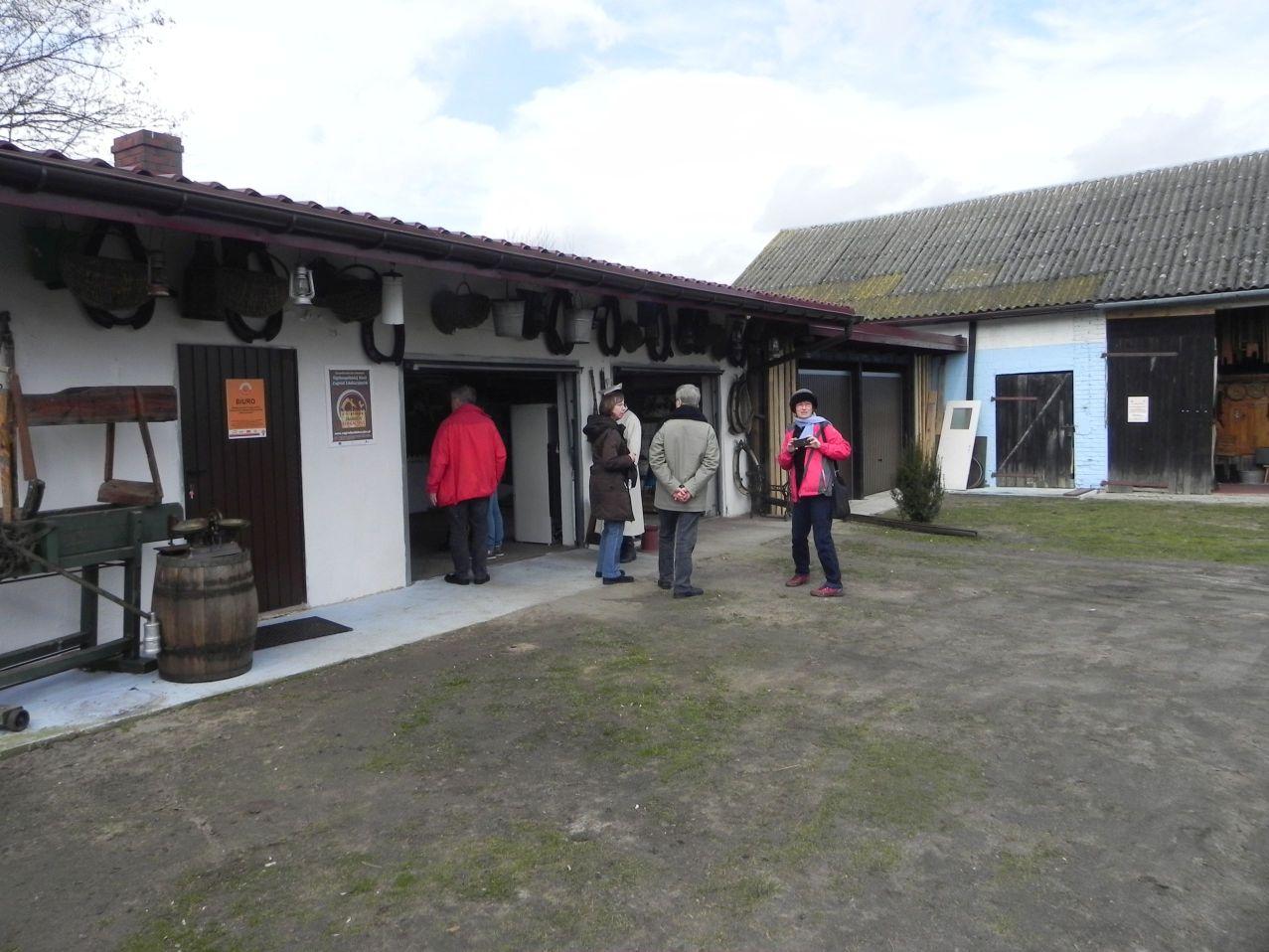 2016-03-29 Sierzchowy - wycieczka (20)