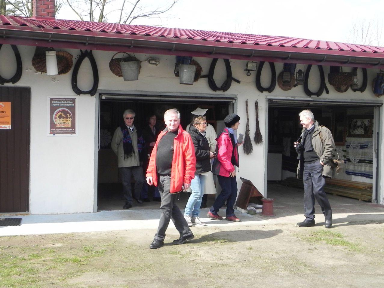 2016-03-29 Sierzchowy - wycieczka (27)