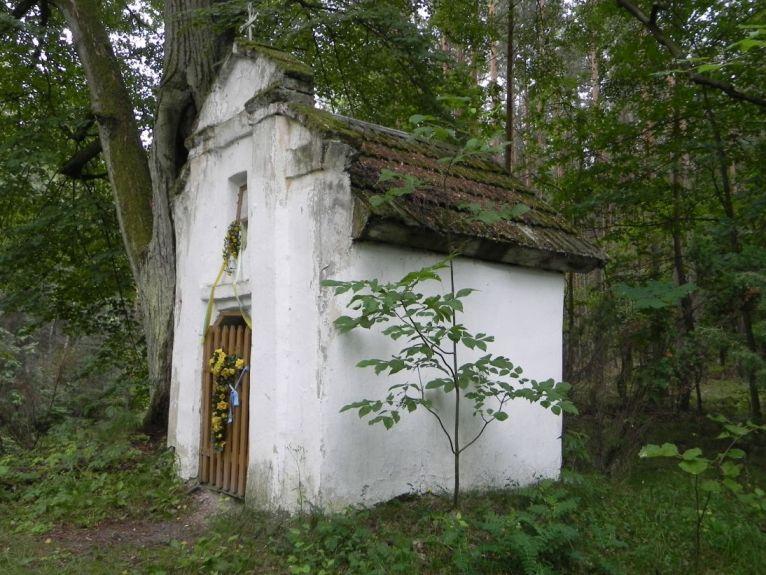 2011-06-19 Glina kapliczka nr1 (4)