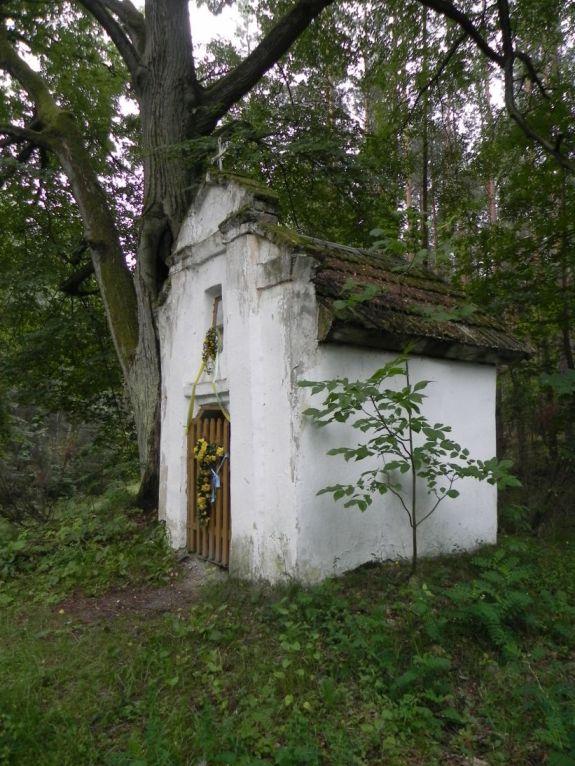2011-06-19 Glina kapliczka nr1 (7)