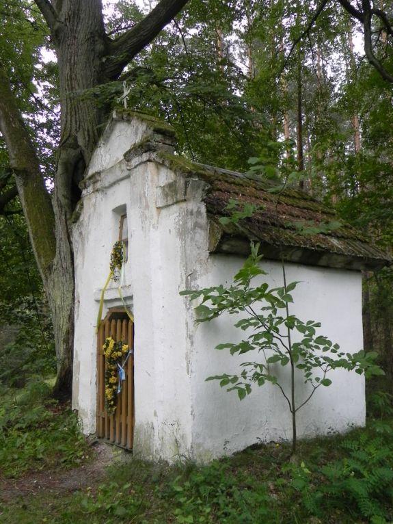 2011-06-19 Glina kapliczka nr1 (8)