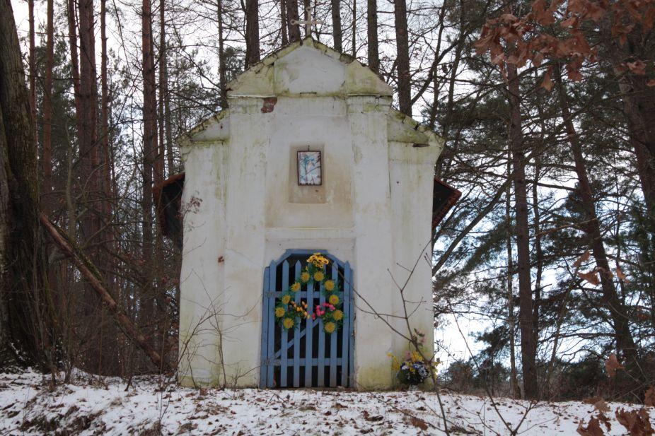 2019-01-15 Glina kapliczka nr1 (1)