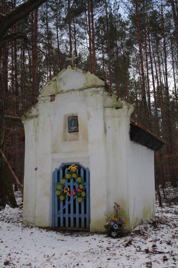 2019-01-15 Glina kapliczka nr1 (10)