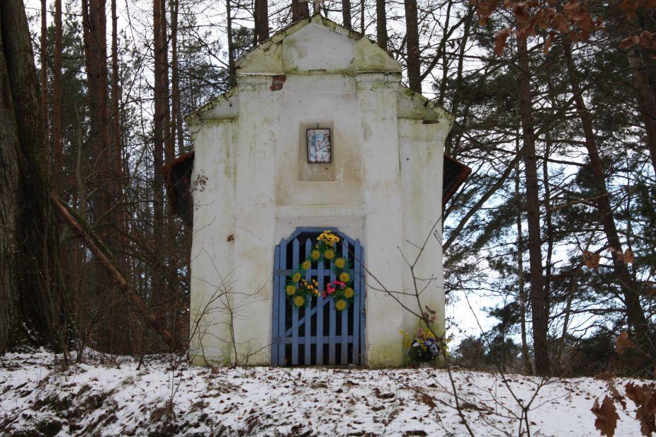 2019-01-15 Glina kapliczka nr1 (2)