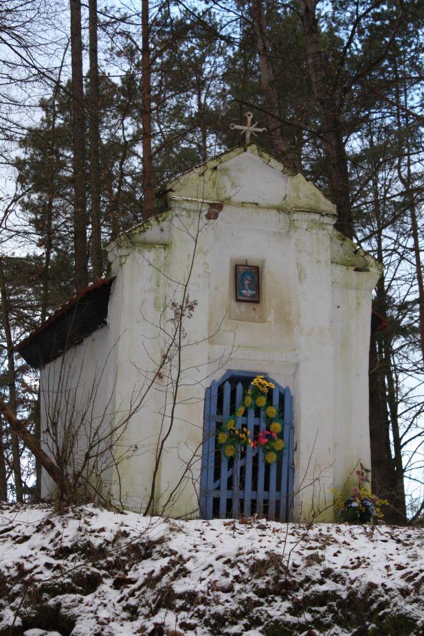 2019-01-15 Glina kapliczka nr1 (5)