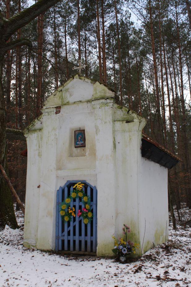 2019-01-15 Glina kapliczka nr1 (8)