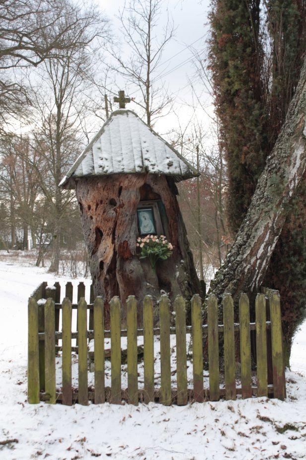 2019-01-15 Glina kapliczka nr2 (16)