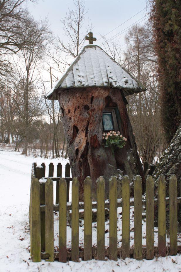 2019-01-15 Glina kapliczka nr2 (9)