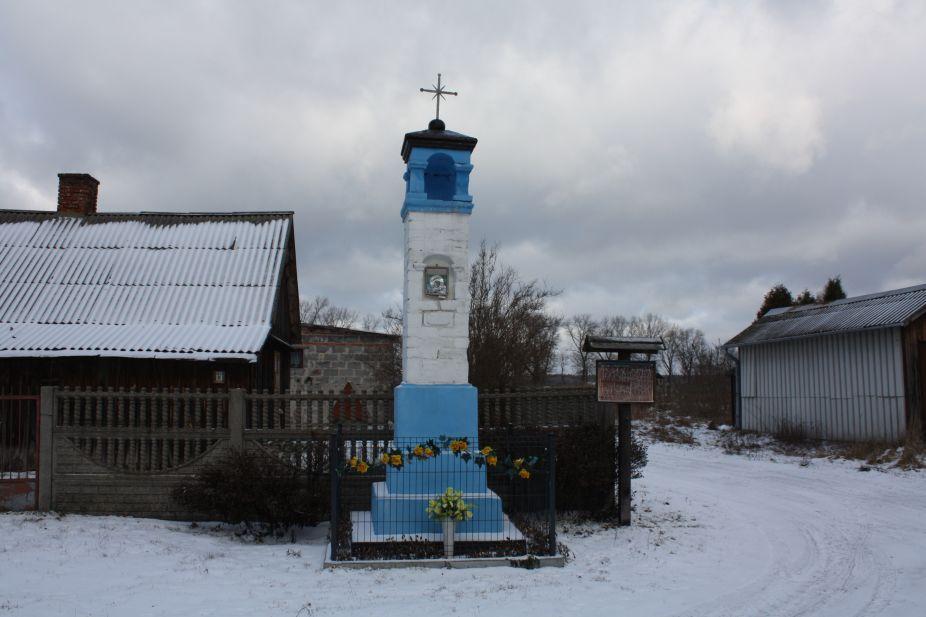 2019-01-15 Glina kapliczka nr3 (6)