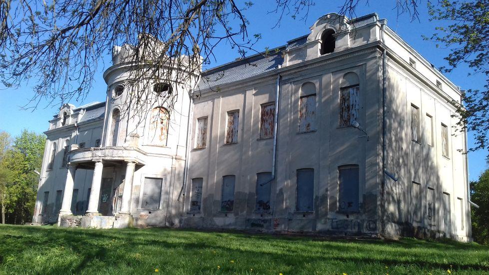2018-04-22 Nowe Miasto - pałac (12)