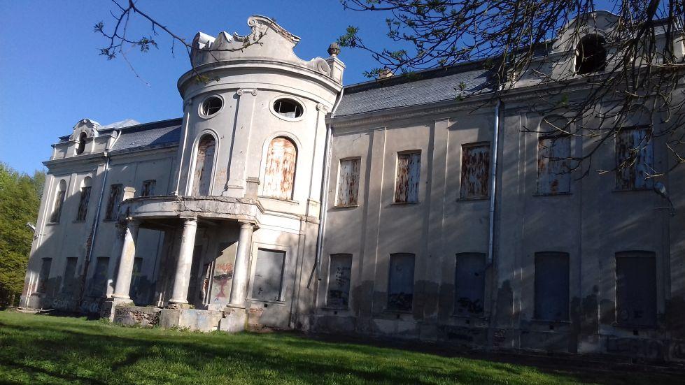 2018-04-22 Nowe Miasto - pałac (14)