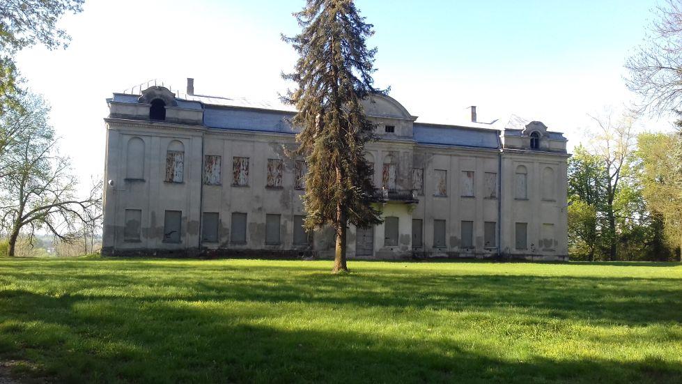 2018-04-22 Nowe Miasto - pałac (5)