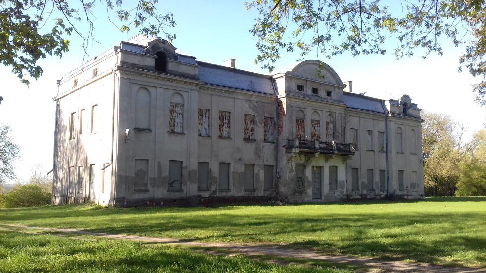 2018-04-22 Nowe Miasto - pałac (7)