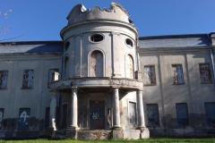 2018-04-22 Nowe Miasto - pałac (19)