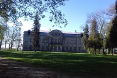 2018-04-22 Nowe Miasto - pałac (2)