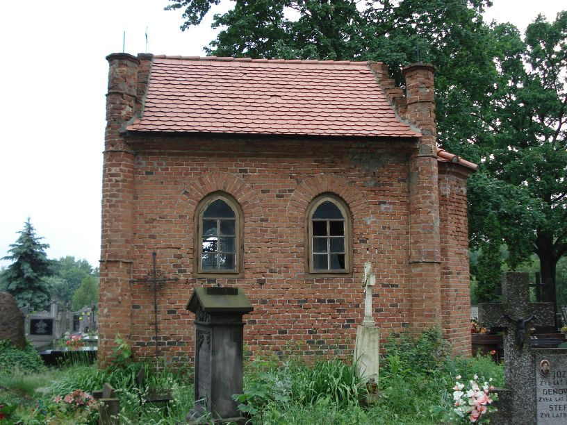 2007-06-03 Radziejwice - cmentarz parafialny (13)